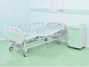 Professional manufacture two crank manual patient bed on sale