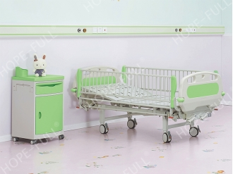 China Ch376a  Two crank manual children bed factory