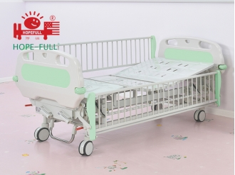 China Ch378a children's manual bed factory