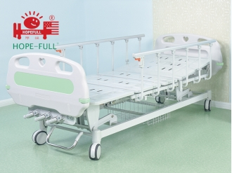 China D658a Three crank manual bed hospital bed factory